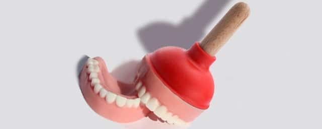prothèse dentaire supérieure et stabilité