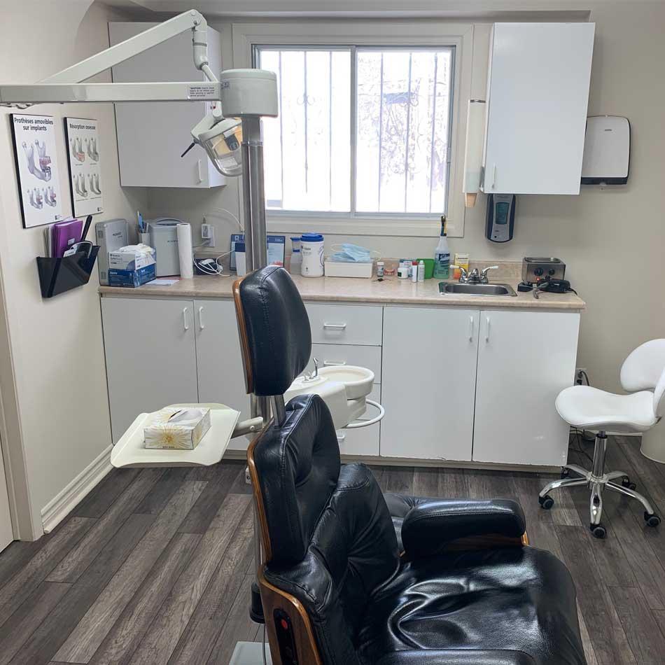 Denturologistes du Quartier - Salle de consultation - 1